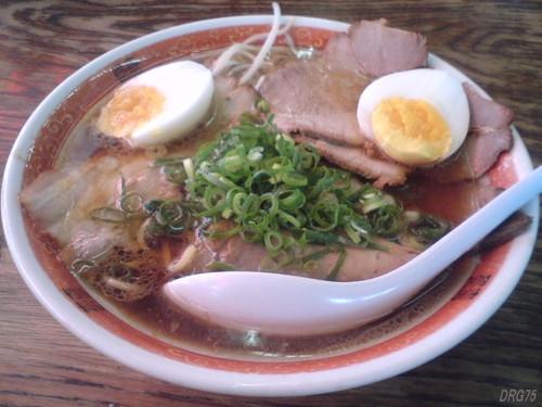 奈良二階堂の豚菜館醤油ラーメン