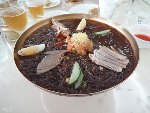 北朝鮮の玉流館の冷麺