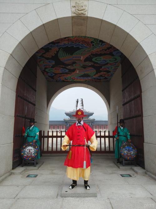 景福宮の光化門の衛兵