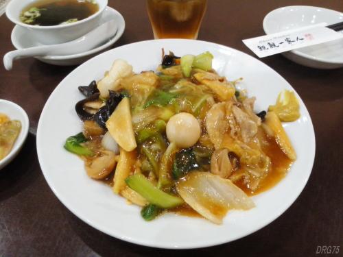 親親一家人の中華丼