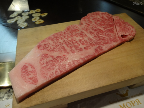 モーリヤの神戸牛サーロインステーキ