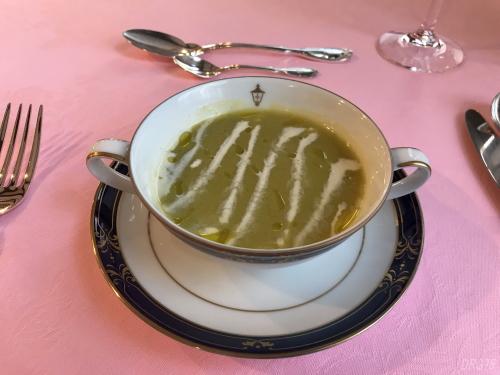 馬車道十番館スープ