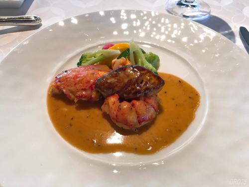 シャンボールのオマール海老とフォワグラのフリカッセトリュフ風味