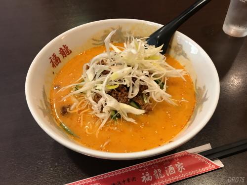横浜中華街の福龍酒家の冷やし坦々麺