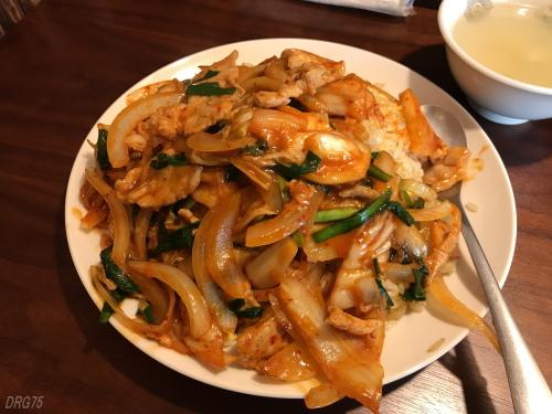 チャイナ飯店の豚キムチ炒飯