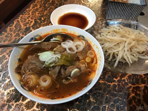 横須賀の韓一館の煮込み