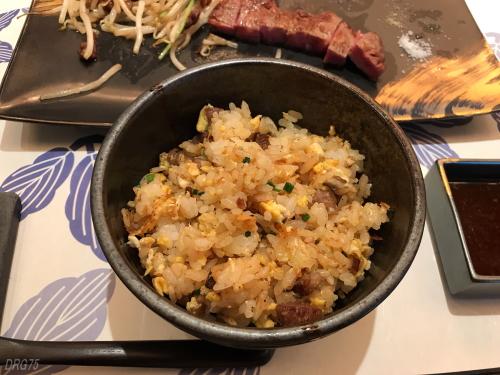 鉄板焼き嘉門の炒飯