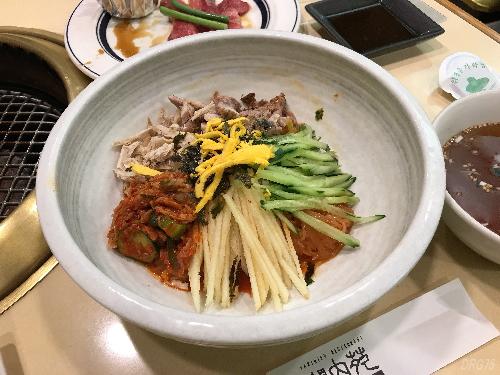 関内苑ビビン麺