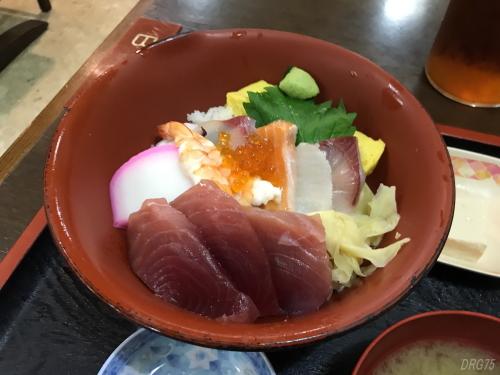 横浜の志摩丼
