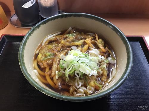 川崎立ち食い蕎麦の新八の天ぷらうどん