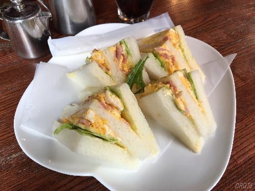 横浜野毛喫茶とまり木サンドイッチ