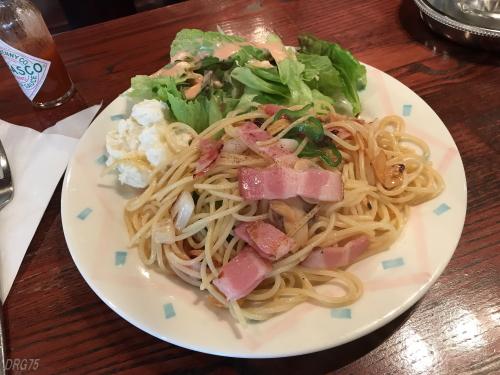 横浜野毛喫茶とまり木ペペロンチーノ