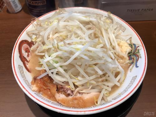 ラーメン豚山横浜西口店