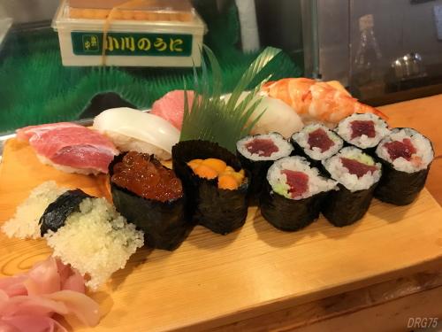 横浜西口の貴舟寿司の特上握り